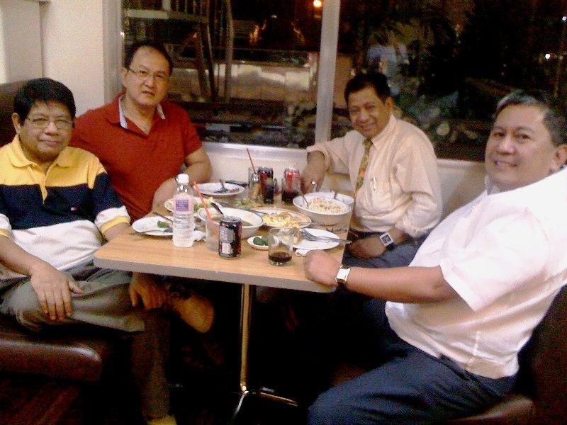 clockwise: KJ, Frank Villaflor, MagicAl Leonidas, and Katataspulong (photo courtesy of Frank)